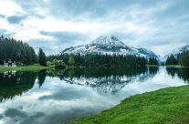 schönster  Bergsee  im  Kanton  Uri