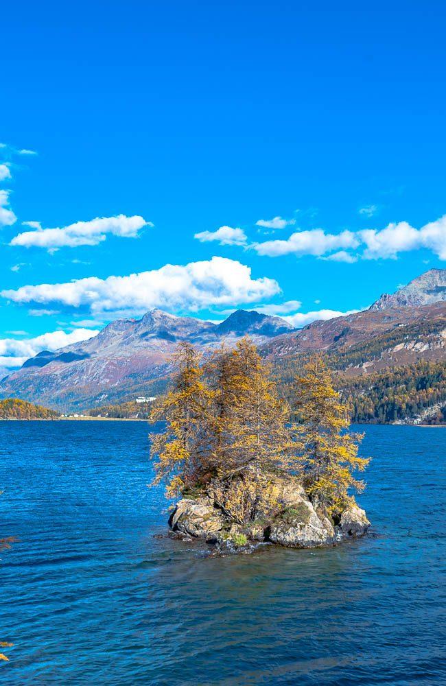 Der Silsersee ist der grösste und landschaftlich schönste der Oberengadiner Seen.