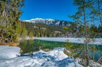 Der Crestasee (rätoromanisch: Lag la Cresta) liegt zwischen Flims und Trin im schweizerischen Kanton Graubünden auf 844 m Höhe