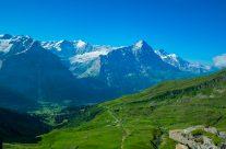 Der Grindelwald Frist lockt mit atemberaubender Aussicht auf die Eigernordwand.