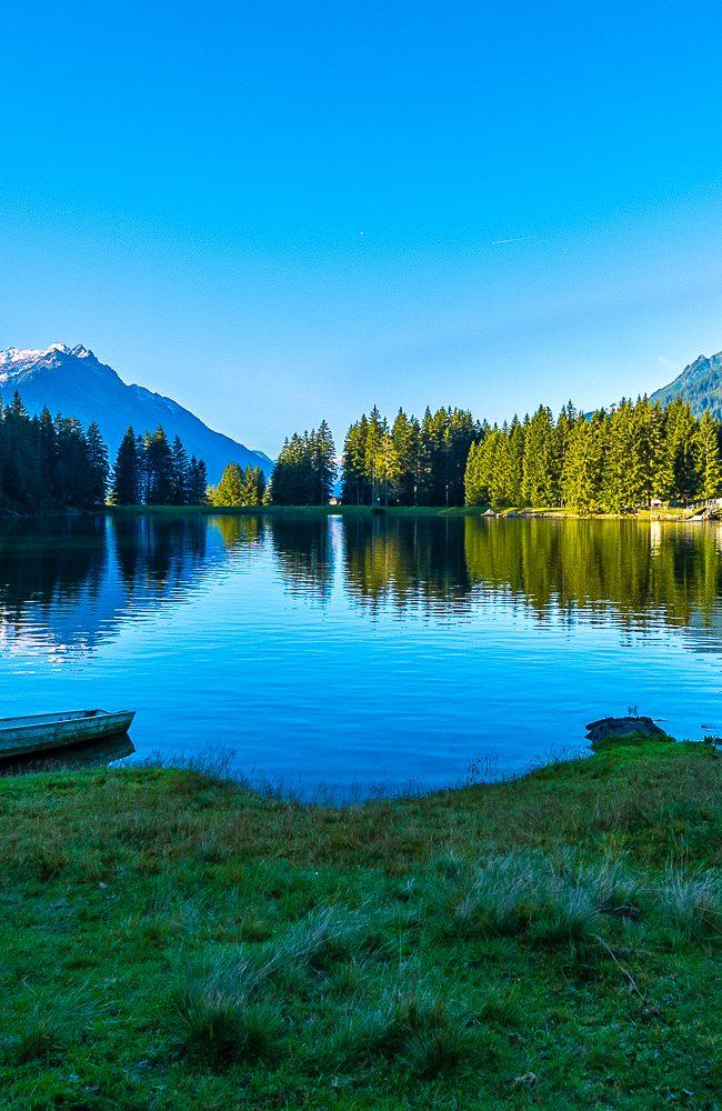 Entschweben Sie dem Alltag und tauchen Sie ein in die idyllische Welt auf dem Arni. Nur zirka 20 Minuten von der Bergstation Amsteg-Arnisee entfernt finden Sie den Arnisee: