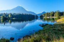 Wandern, Biken, Fischen oder einfach ein Picknick am Arnisee geniessen