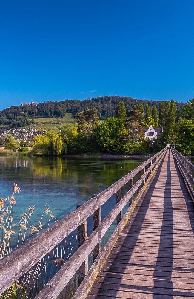 Das mittelalterliche Schweizer Städtchen am Ufer des Hochrheins ist eines der beliebtesten Ausflugsziele in der internationalen Bodensee-Region